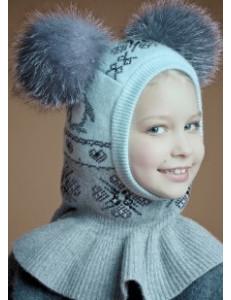 """Шлем зимний бело-розовый с двумя натуральными помпонами """"пингвины"""""""